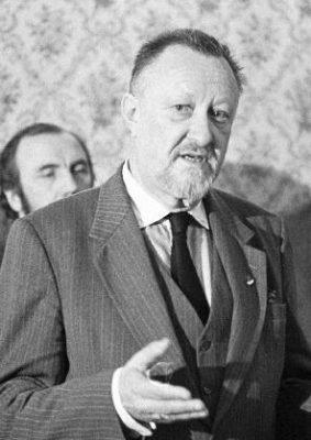 Henn-Jüri Uibopuu aastal 1990. Foto: Rahvusarhiiv
